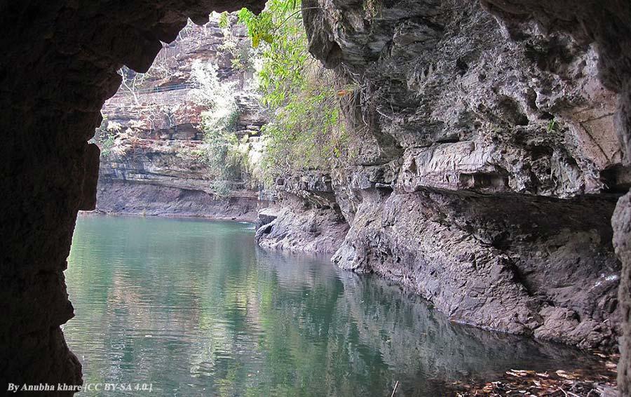 Panna Cave - Panna Tiger Reserve, Madhya Pradesh